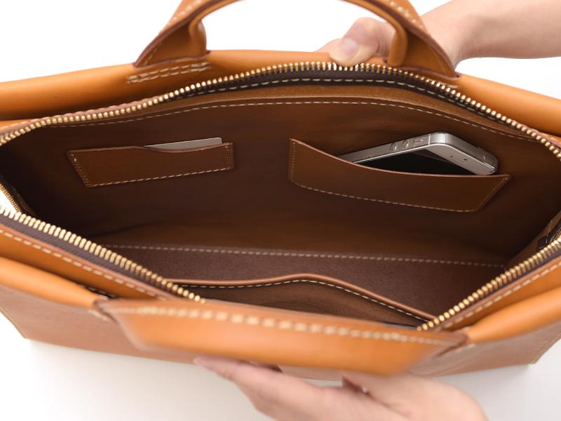 あおりポケット二本手ビジネスバッグ(BW-104) 内ポケット1