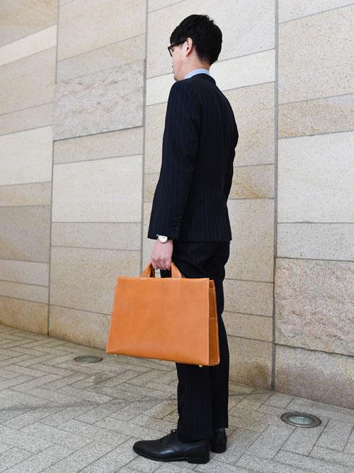 あおりポケット二本手ビジネスバッグ(BW-104) Mサイズ手持ち