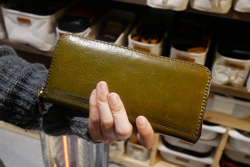 ファスナー長財布(WL-58) 手持ち