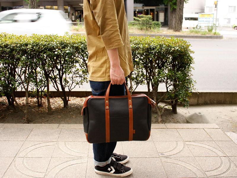 二本手カジュアルビジネスバッグ(BW-11) メンズ着用