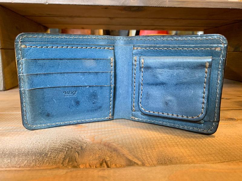 デニムブルー 7ヶ月使用の財布2