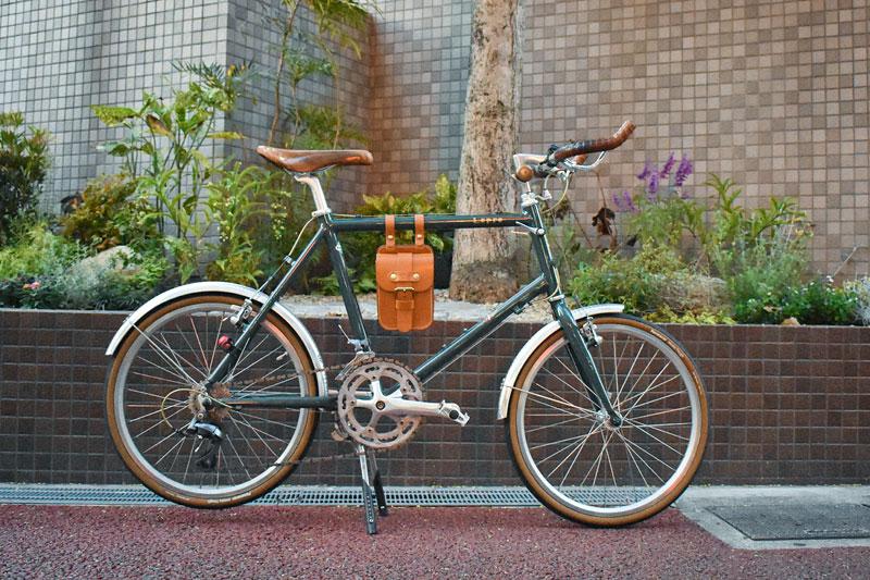 スタンダードベルトポーチ(E-49) 自転車装着例