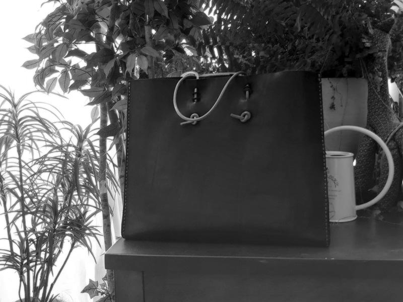 ナメカワが制作したサンプル品の革紙袋