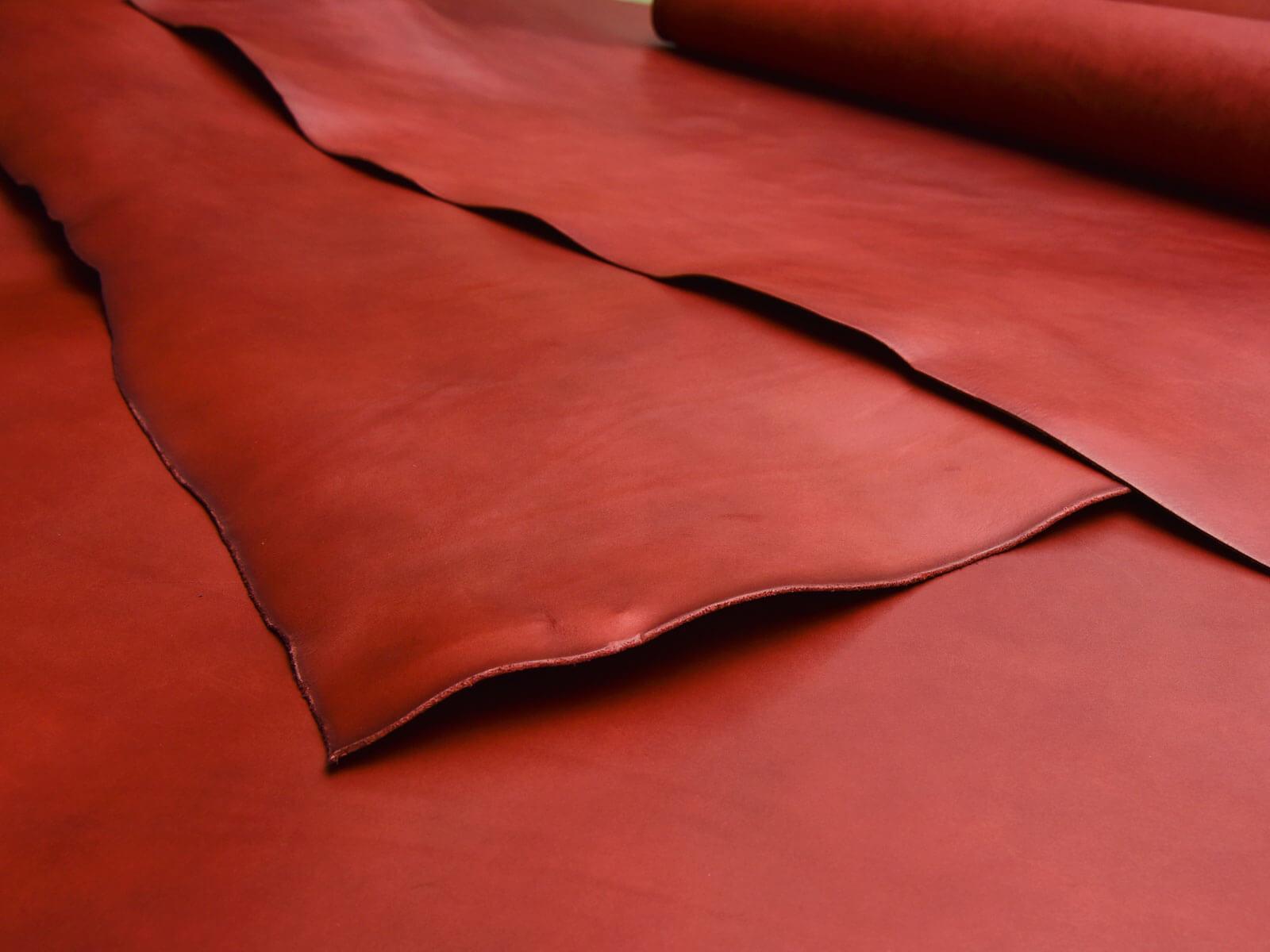 限定色のボルドー革で作る、HERZ冬の企画2020-21