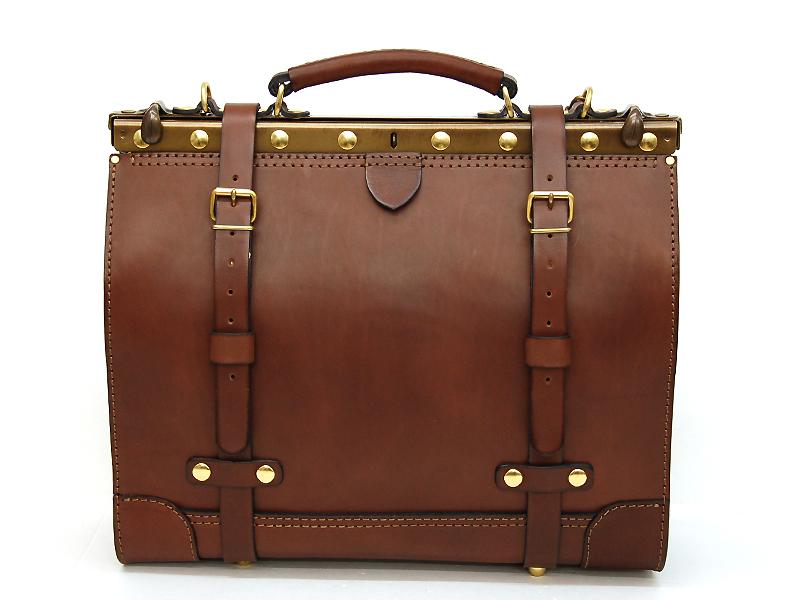 ロールトップバッグパック(R-19)とどこか似ているビジネスキットバッグ・二本ベルトワイドタイプ(P-3)