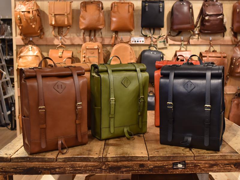 ロールトップバッグパック(R-19)革色チョコ・革色グリーン・革色ブラック