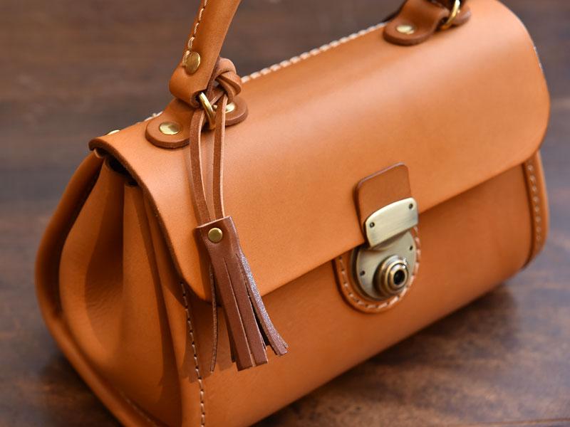 特製:タッセルキーホルダー 鞄に結ぶ