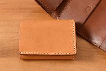 三つ折り財布の一覧ページへ
