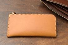 L字ファスナー財布の一覧ページへ