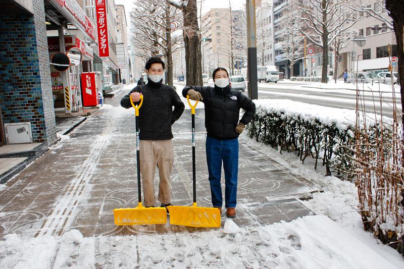 仙台店雪かき風景3