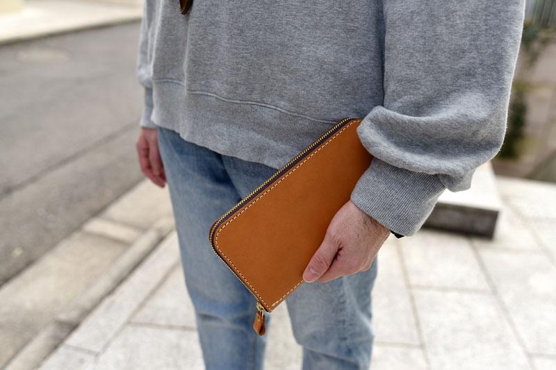 大きいファスナー長財布(WL-5) 手持ち