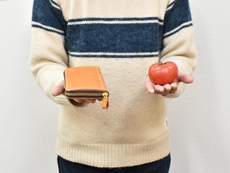 長財布と同じ重さの物を探す山木2