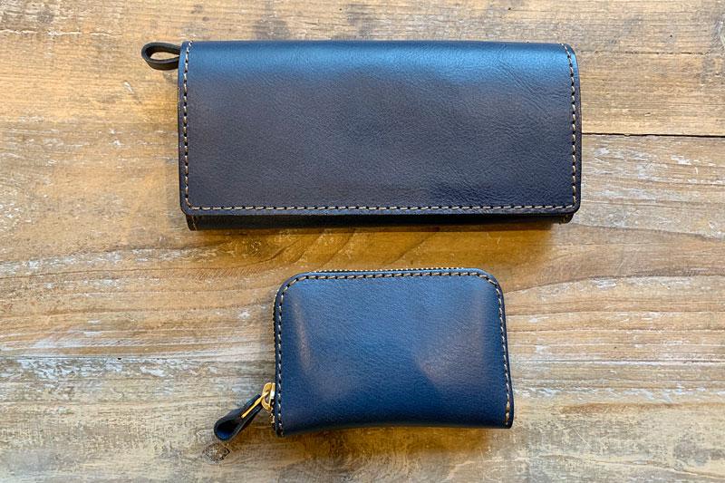 ネイビーの長財布たち