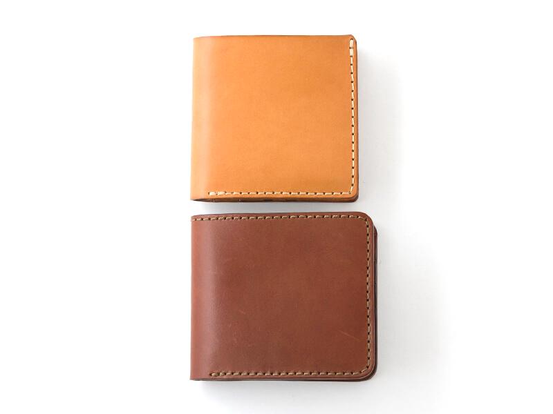 二つ折り財布(WS-3)革色チョコと、二つ折り財布(WS-4)革色キャメル