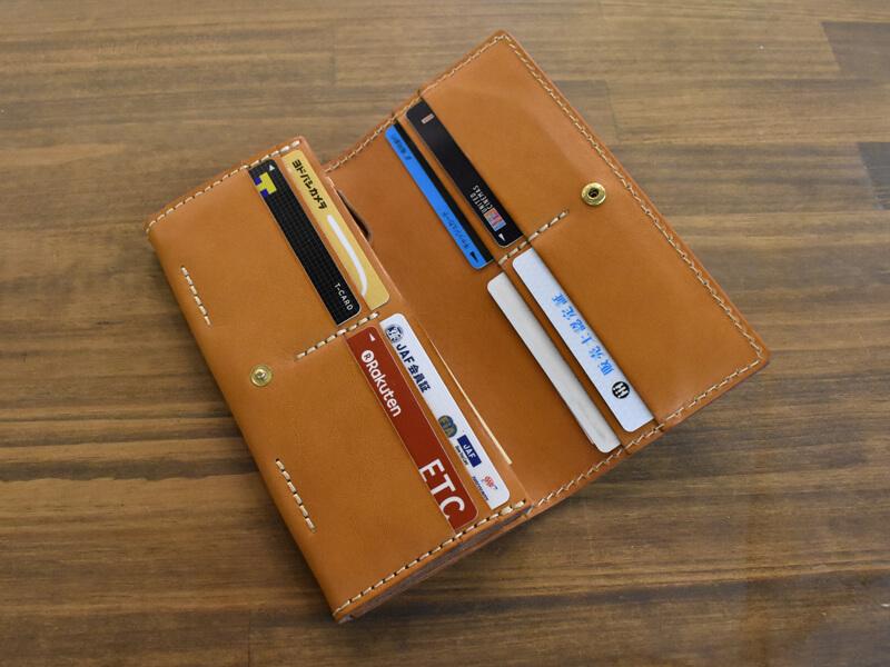ソフトレザーの長財布(WL-63)カード収納