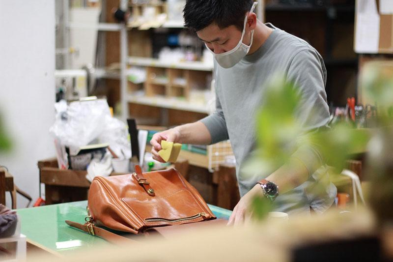 名古屋店スタッフのメンテナンスの様子1