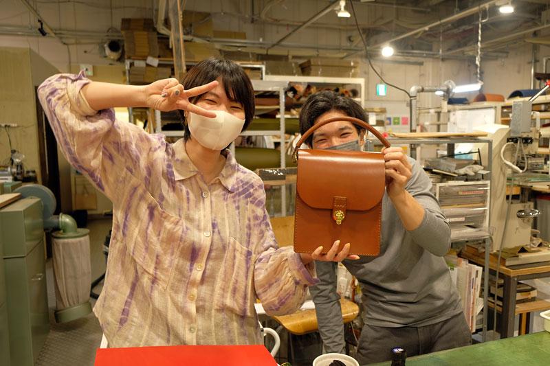 大阪店スタッフ鈴木と作り手の漆原