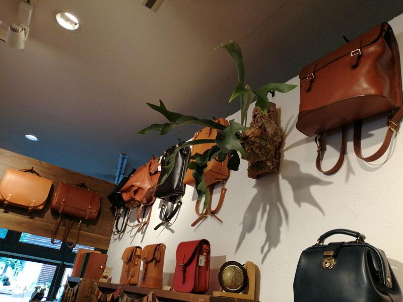 博多店の店内風景