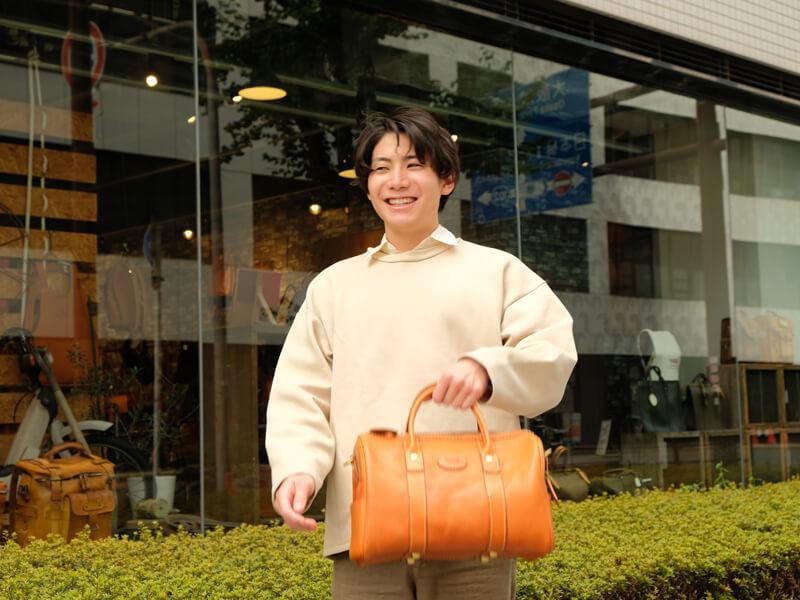 お洒落の秋!大阪店スタッフスナップ V-23着用2