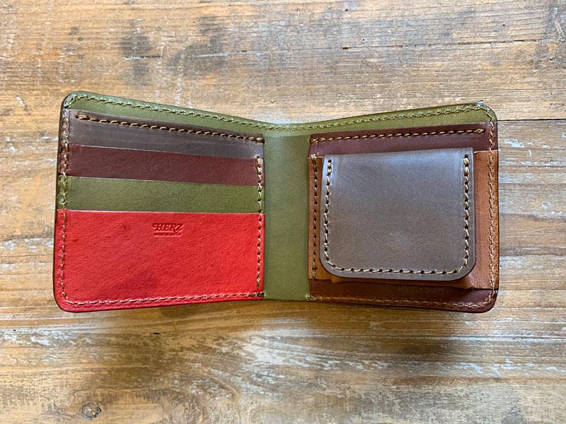 マルチカラーの財布たち4